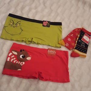 NWT women's Grinch holiday underwear and socks